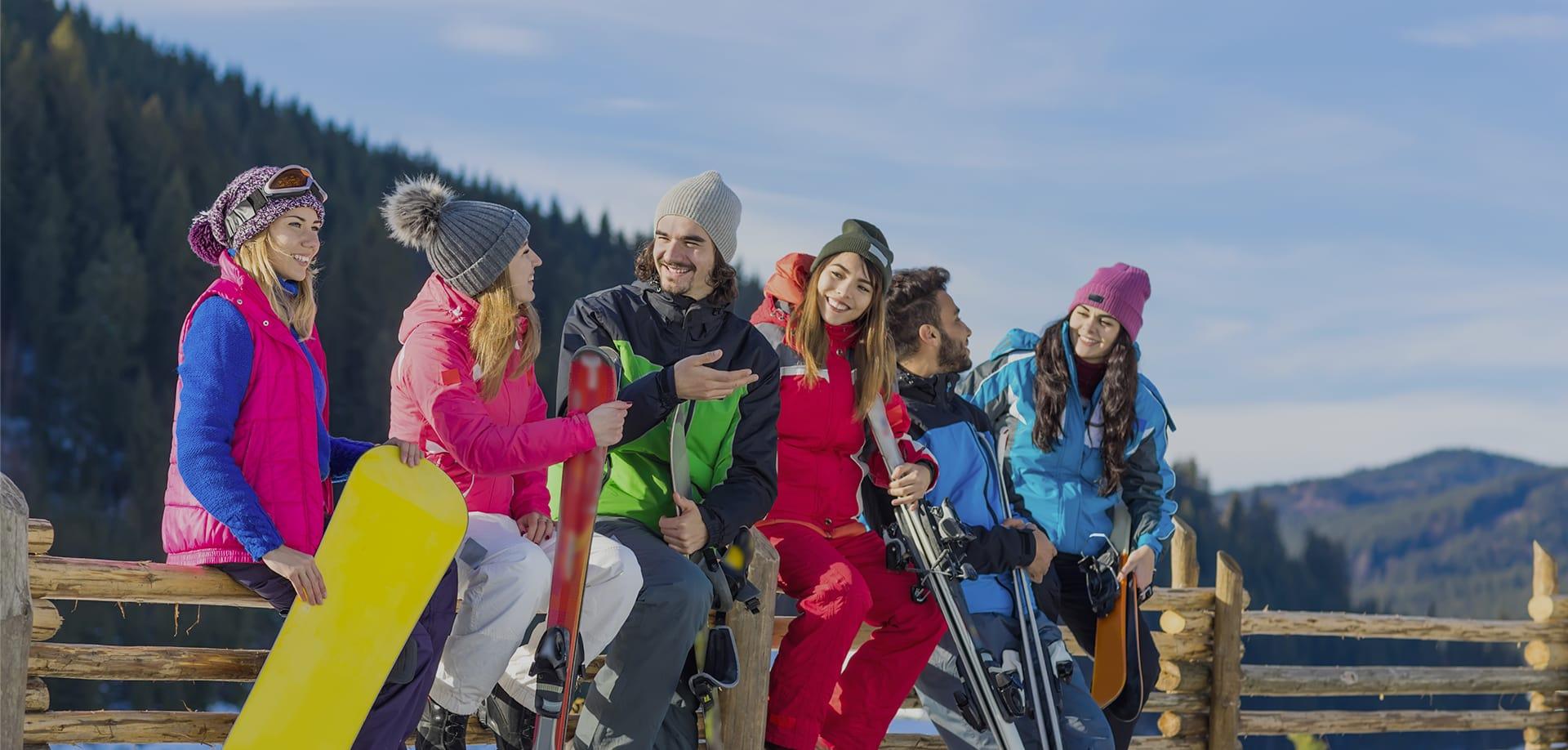 sciatori e tariffe per lo skipass della skiarea di livigno
