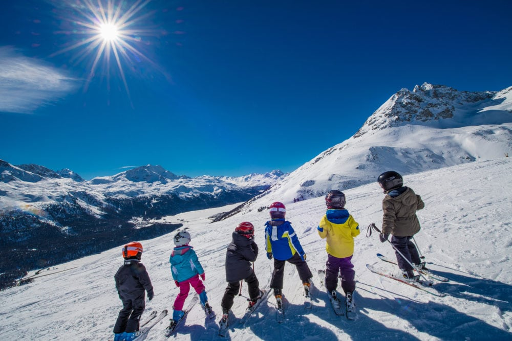 piccoli sciatori sulle piste di livigno