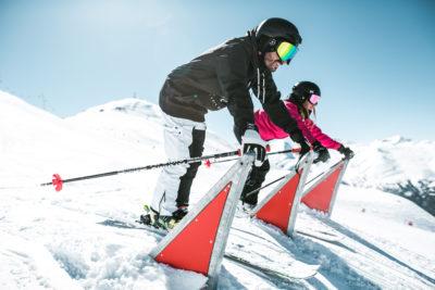 sciatori durante il freeride cross a Livigno