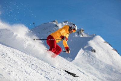 Sciovia mini lift e discese sugli sci a livigno