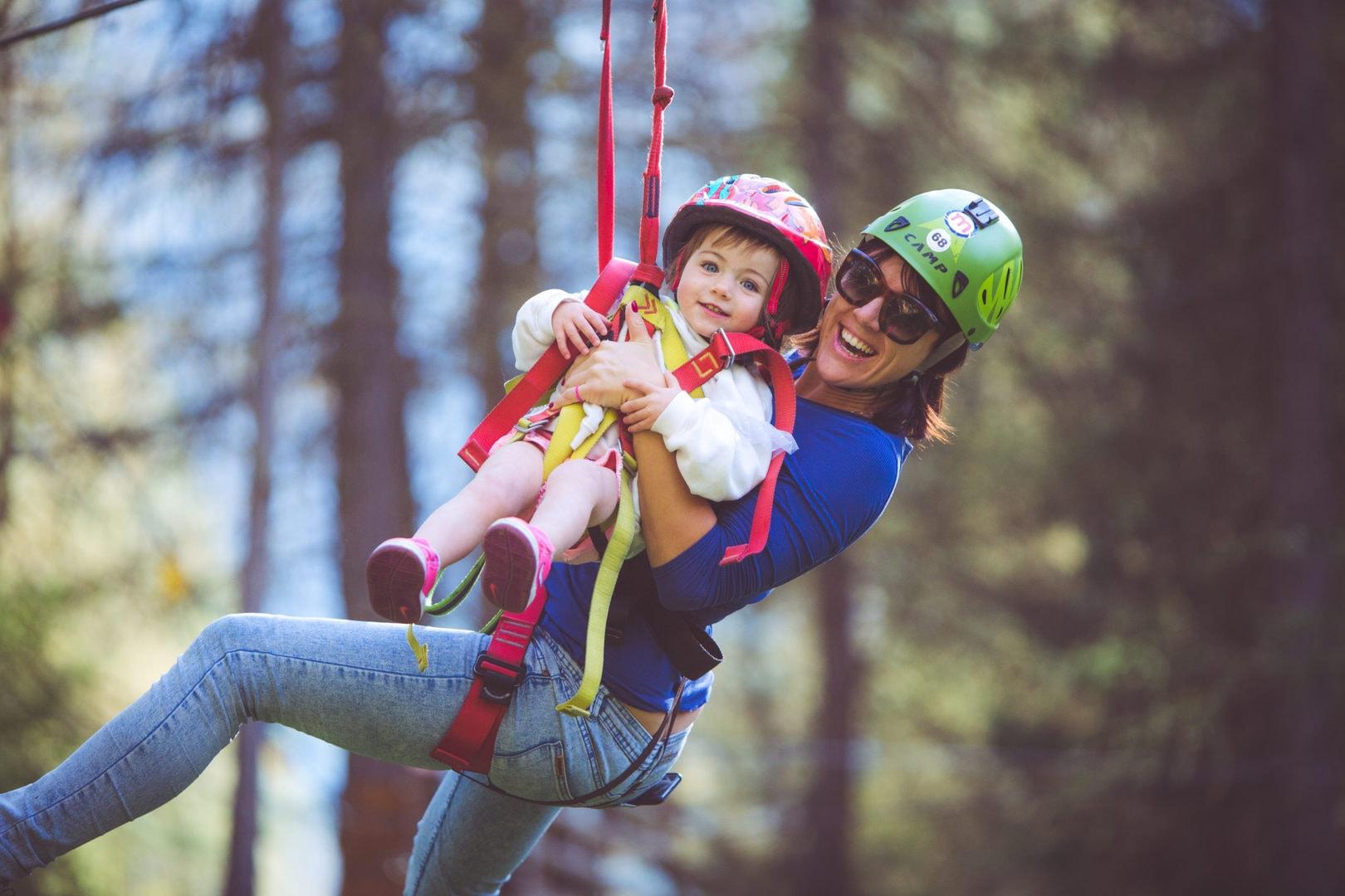 Famiglie al Lariìx Park a Livigno, parco avventura sulle Alpi