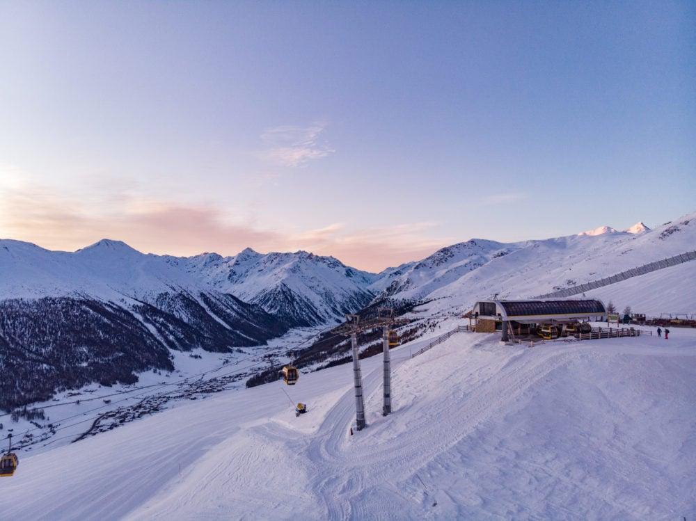 emozioni durante il tramonto in alta quota sulle alpi