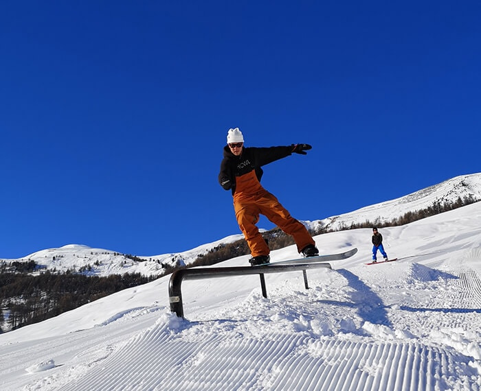 Snowpark twenty, evoluzioni sullo snowboard a Livigno