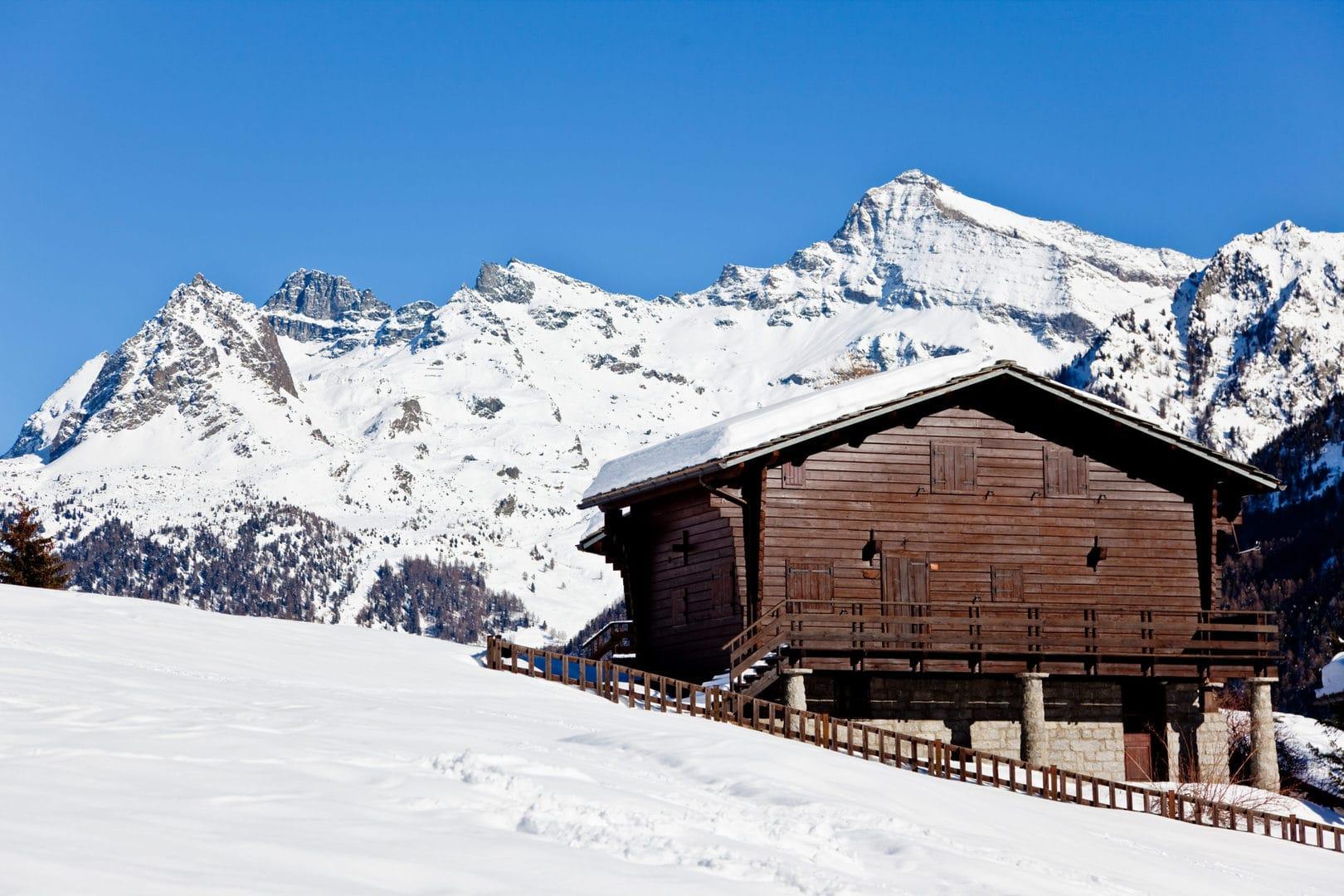 Sciare fra le vette delle Alpi a Livigno